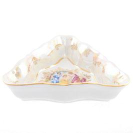 Салатник треугольный  МАДОННА Queens Crown 22 см