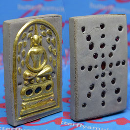 S74/01  Somdej with Gold Leaf