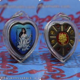 TF 40/01.  Waterproof Heart Amulet