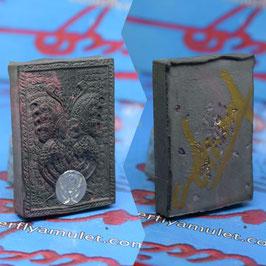 B252/01 .  Signed Amulet