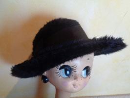 Chapeau duveteux noir