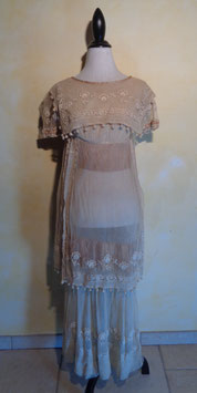 Robe tulle brodée 30's T.36