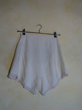 Shorty soie blanche 50's T.36