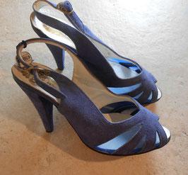 Sandales bleues Marie Claire 60's P.37
