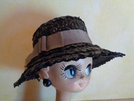 Chapeau noir paille