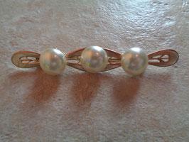 Broche à perles 60's