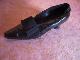 Chaussures vernies 1900 P.37