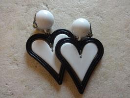 Boucles d'oreilles coeur noir et blanc