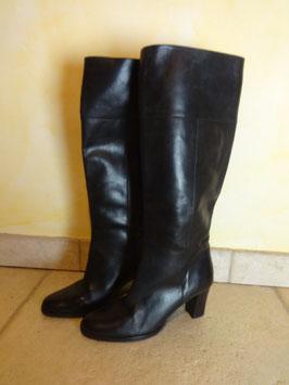 Bottes cuir noir P.36