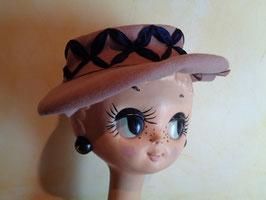 Chapeau rose 50's