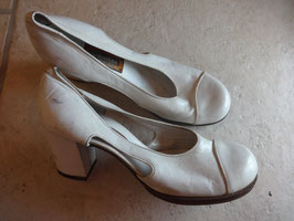Chaussures blanches 60's P.37