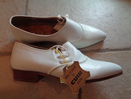 Derbies blanches 70's P.39