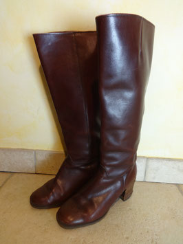 Bottes cuir marron P.36