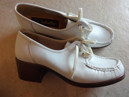 Chaussures blanches 70's P.37