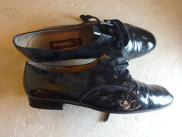 Derbies vernies Carel P.39