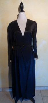 Robe satin noir 30's T.40