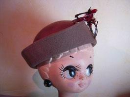 Chapeau plumes 60's