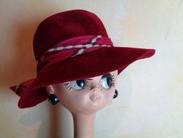 Chapeau rouge 70's