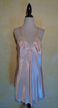 Nuisette satin rose T.42