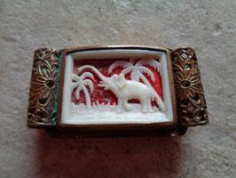 Broche éléphant 40's