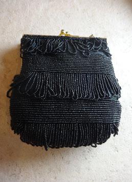 Pochette noire perlée 80's