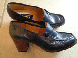 Chaussures cuir bleu 70's P.37