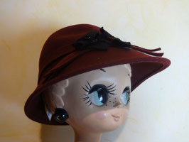 Cloche bordeau 70's