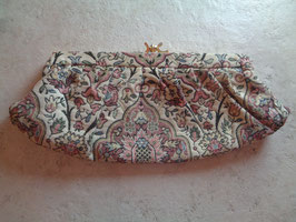 Pochette tapisserie