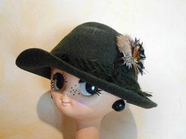 Chapeau laine plumes vert