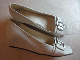 Sandales compensées beiges P.36