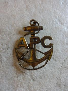 Broche APC