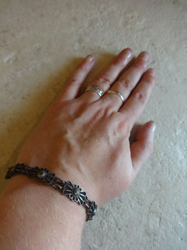 Bracelet fleurs 30's