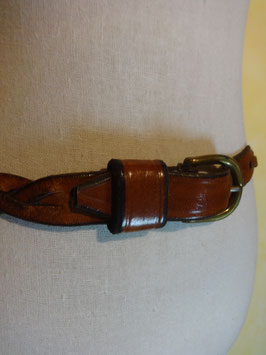 Fine ceinture en cuir tressé