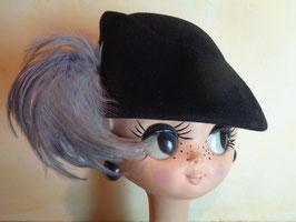 Chapeau laine et plumes 60's