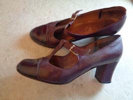 Chaussures cuir lie de vin P.37