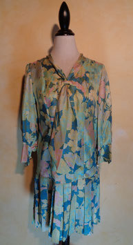 Robe col cravate 70's T.38