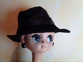 Chapeau noir velours de soie