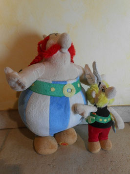 Peluches Astérix et Obelix