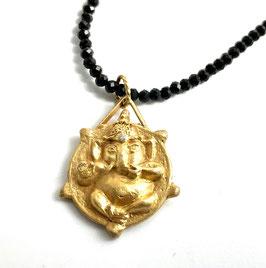 Ganesh mit Diamant an Spinell