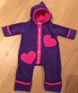 """Fleece-Anzug """"lila, rosa Herz"""" Größe 68 // Wunschgröße 50 bis 98 möglich"""