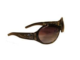Modische Sonnenbrille in schwarz