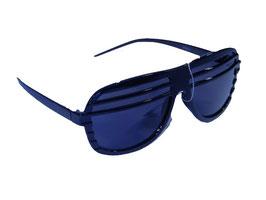 Halfshade mit dunklen Gläsern in schwarz oder rosa