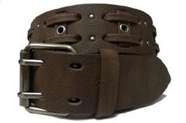 Ledergürtel im Wildlederlook mit Nietung und Lederstreifen in braun 105 cm
