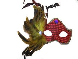 Venezianische Maske mit Pailletten und Kunstfedern verziert in rot