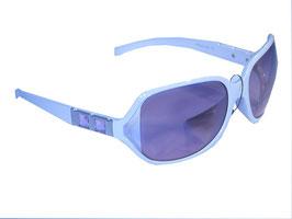 Stilvolle Sonnenbrille mit Schmuckbügeln und Verlaufsgläsern in weiß-rosa