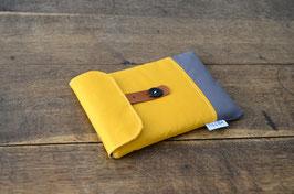 iPad Mini Hülle gepolstert mit Lederriemen