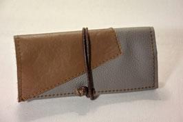 Tabaktasche aus Leder - dreifarbig- hellbraun/grau/kaminrot
