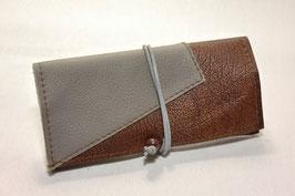 Tabaktasche aus Leder - dreifarbig- grau/braun/dunkelbraun