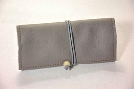 Tabaktasche aus Leder - grau/silber