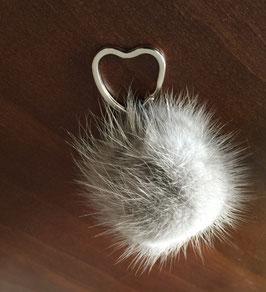 Schlüsselanhänger aus Nerz grau
